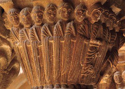 Entrada de Jesús a Jerusalem. Capitell ubicat a la galeria nord del claustre del monestir de l'Estany
