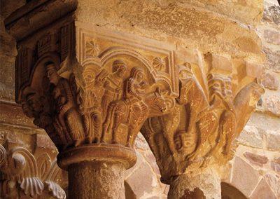 Fugida a Egipte. Capitell ubicat a la galeria nord del claustre del monestir de l'Estany