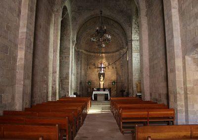 Nau central de l'església de Santa Maria de l'Estany